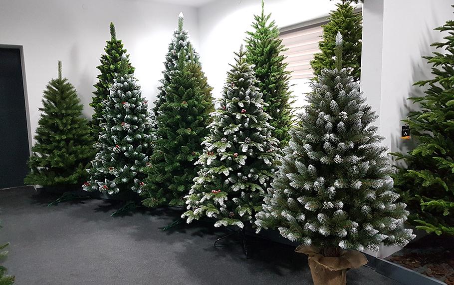 Umelé vianočné stromčeky 3D a 2D